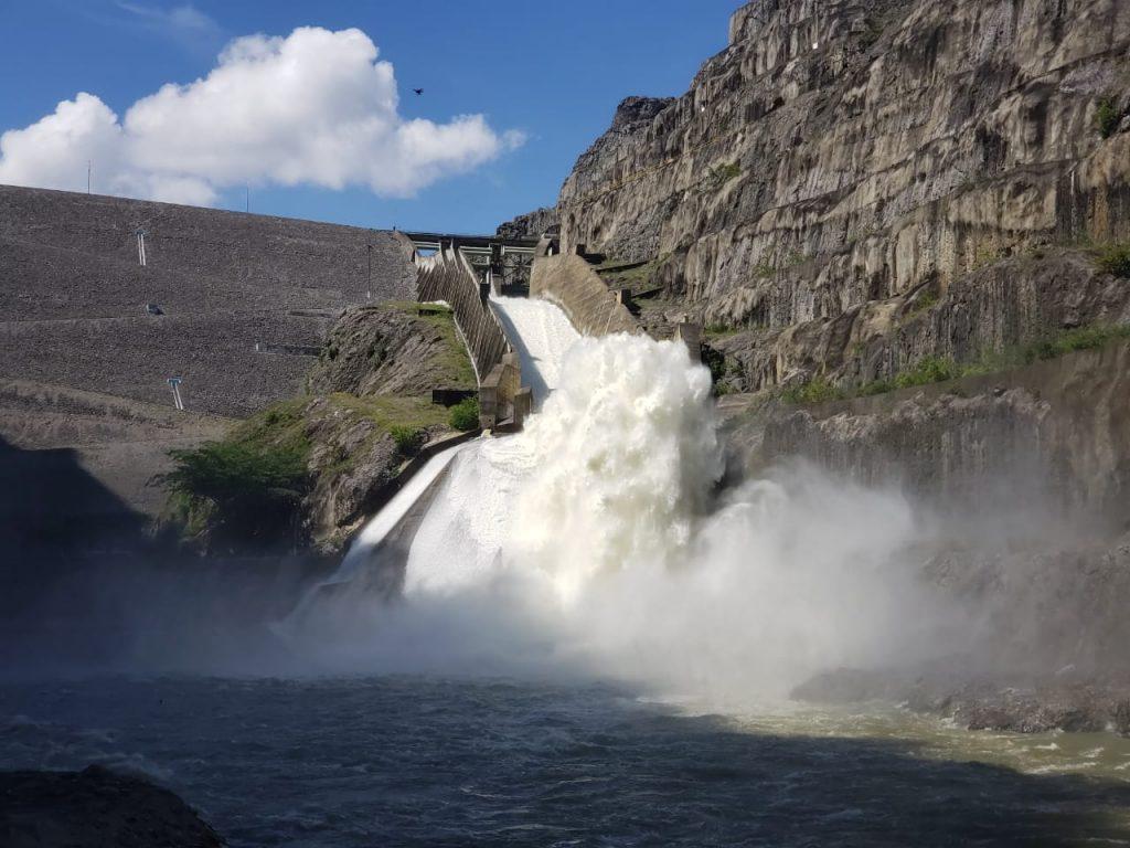 Desfogue en Hidroeléctrica Chixoy